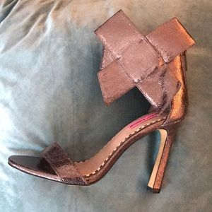 Betsey Johnson Bronze Bow High Heels